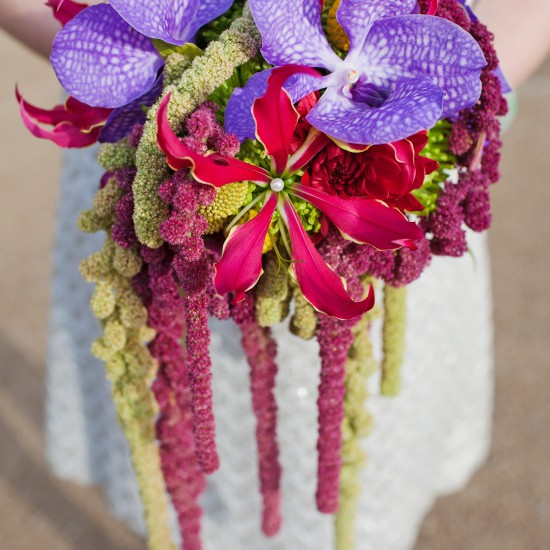 C_west_midlands_florist_flowers_handtied_bouquet_tassle_flower_anda_orchid_wedding_alternative