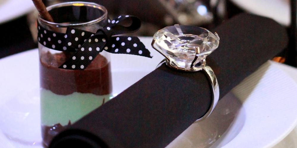 FF_diamond_napkin_ring