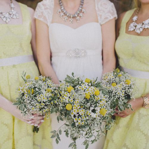 Bvillage_country_rustic_homespun_wedding_yellow_white_flowers_daisy (7)