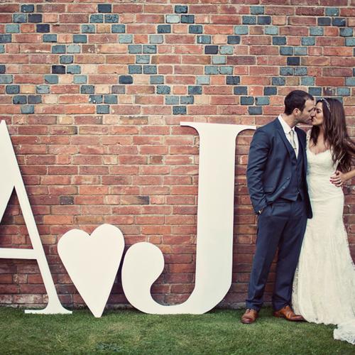 JElegant_manor_house_wedding_pastel_flowers_Alrewas_Hayes