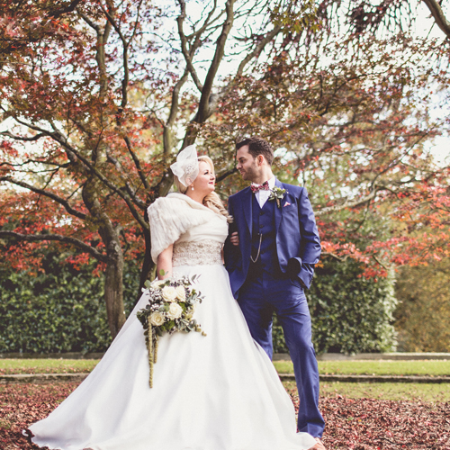 dBlack_white_wedding_classic_glamorous_green_ivory_flowers_hampton_manor (34)