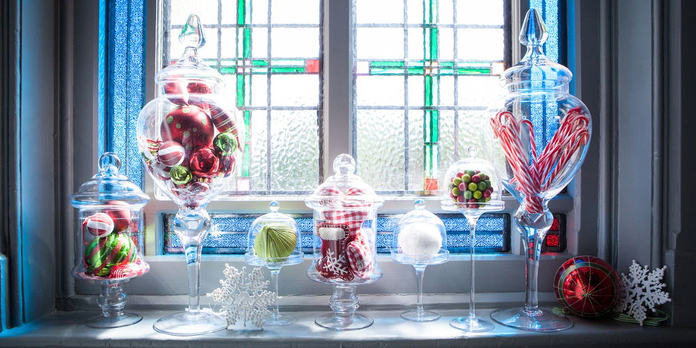 our christmas work is as varied as our weddings and gala dinners with briefs ranging from very traditional gold and red trees in cosy lounges to - Red White And Turquoise Christmas Decor