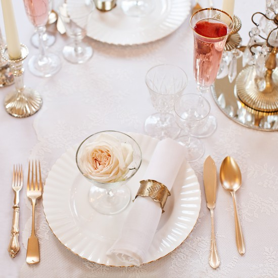 V_Winter_glamour_wedding_promotion_shoot_Iscoyd_Park_ivory_gold (11)